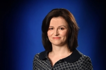 Ioana-Arsenie,-Consultant-business-si-strateg-financiar