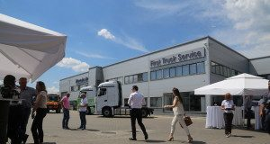 3_mercedes-benz-euro-6-trucks-roadshow-pitesti