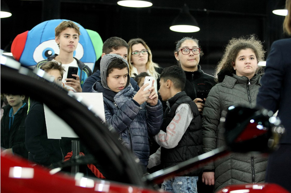 mercedes-benz-mobile-kids-5