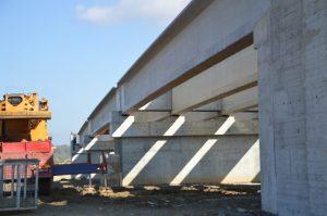 Viaduct-lucrari-pod-pasaj-santier-autostrada-Marius-Popovici-e1492520671460