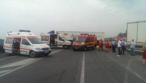 accident-tir-ambulana-pompieri-smurd-4