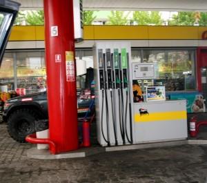 benzinarie-pompa-3-jean-mihai-palsu