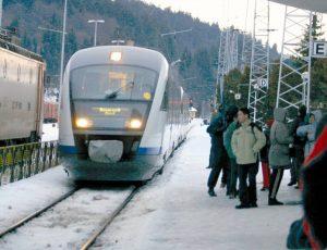 tren-calatori-gara-iarna-0
